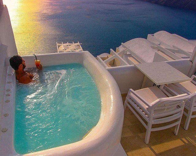 Летом я буду в Греции!